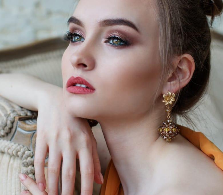 maquillaje laksmi